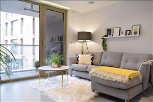 1 Bedroom Apartment Near London Fields Station