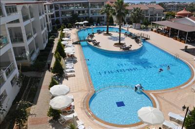 Akbuk Palace Hotel   Residence