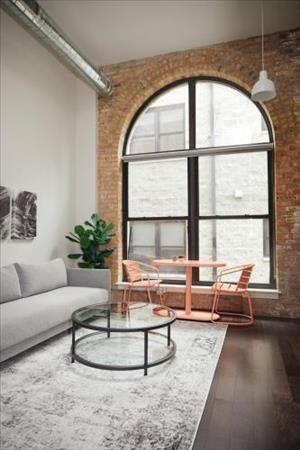 Caper Bloom Cozy Uptown Studio By Short Stay