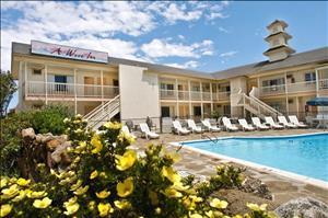 A Wave Inn Montauk