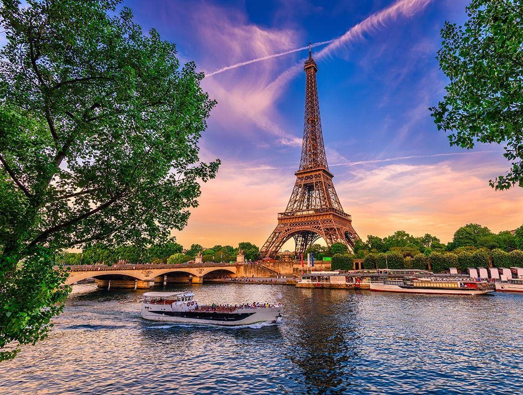 Benelüks & Paris Turu (Türk Hava Yolları Tarifeli Seferi ile)