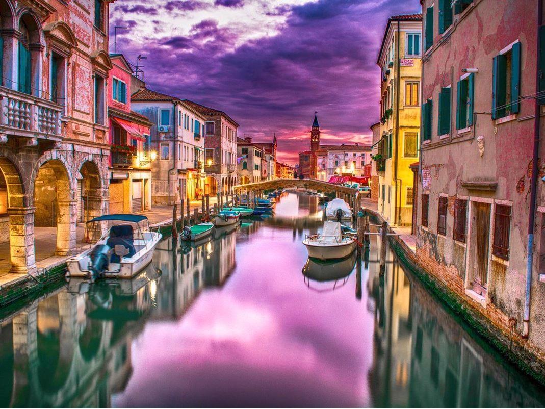 Venedik (2) & Floransa (2)  (Pegasus Hava yolları  ile )