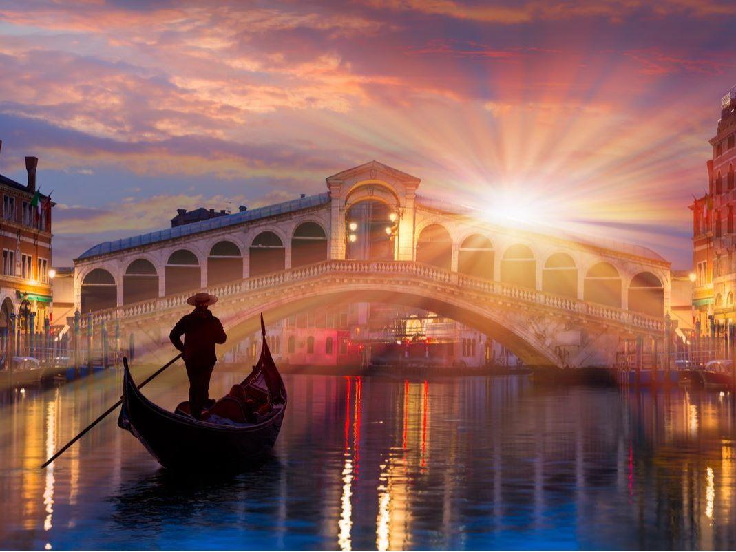 Venedik (Türk Hava Yolları Tarifeli Seferi ile)