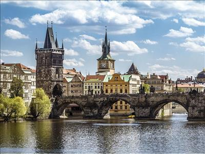 Prag (Türk Hava Yolları Tarifeli Seferi ile)