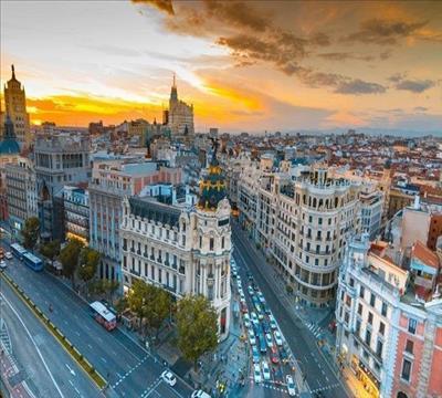Büyük İspanya Turu Pegasus ile (Madrid Gidiş Barcelona Dönüş )