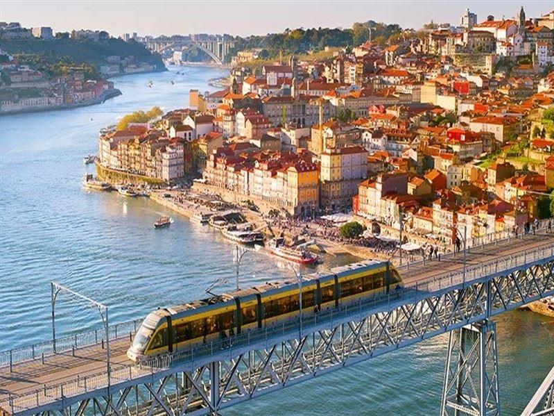 Mega Portekiz Ve Endülüs Turu Türk Hava Yolları İle(Porto Gidiş-Malaga dönüş) 2019 Kış Dönemi