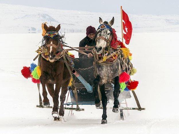 Sömestre Dönemi Uçak & Doğu Ekspresi İle Erzurum Kars Turu 3 Gece 4 Gün THY İle