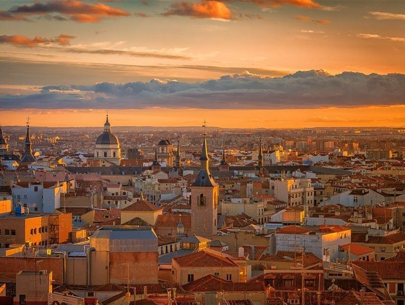BARCELONA& VALENCIA& MADRID TURU PEGASUS HAVA YOLLARI İLE 05 NİSAN 2020