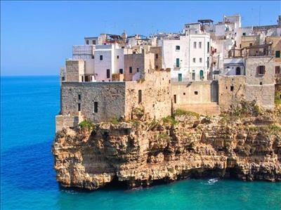 Güney İtalya Turu Türk Hava Yolları İle Türk Hava Yolları İle(Bari Gidiş-Napoli Dönüş) 2019 Şeker Bayramı Dönemi