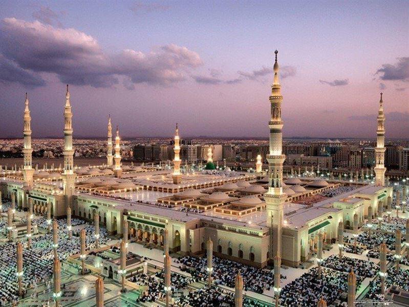 Umre Programı  Suudi Arabistan Havayolları İle Berat Kandili Özel 5* Oteller