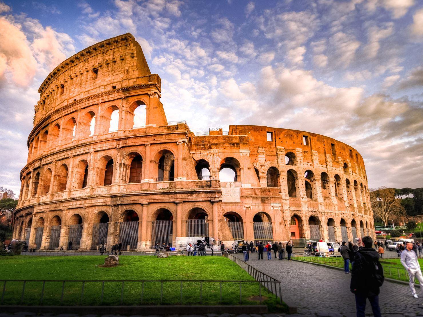Büyük İtalya Turu Türk Havayolları İle (Napoli Gidiş/Milano Dönüş) 2019