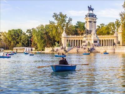 BARCELONA (3) & MADRID (1) Turu Corendon Hava Yolları Özel Seferi ile (Zaragoza gidiş/dönüş)