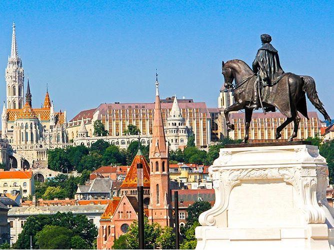Ankara Hareketli Budapeşte Turu Pegasus Hava yolları İle (Her Perşembe Hareket)