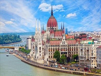 19 Mayıs Dönemi Budapeşte Prag Viyana Turu Pegasus Havayolları İle (Viyana Gidiş-Viyana Dönüş)