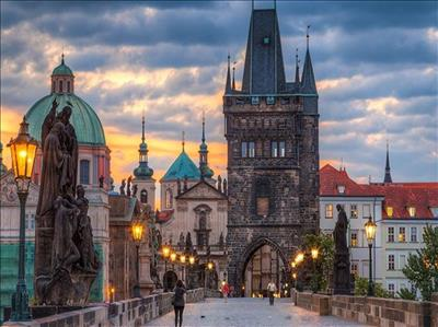 Budapeşte-Viyana-Prag Turu Pegasus Havayolları İle Budapeşte Gidiş-Prag Dönüş / Yaz Dönemi