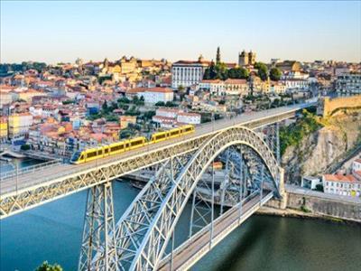 Portekiz & Endülüs Turu Türk Havayolları İle (Malaga Gidiş-Porto Dönüş) 18 Kasım 2019 Hareket!