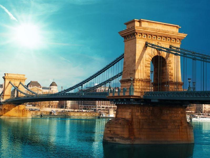 Sevgililer Günü Özel Budapeşte Turu Pegasus Havayolları İle