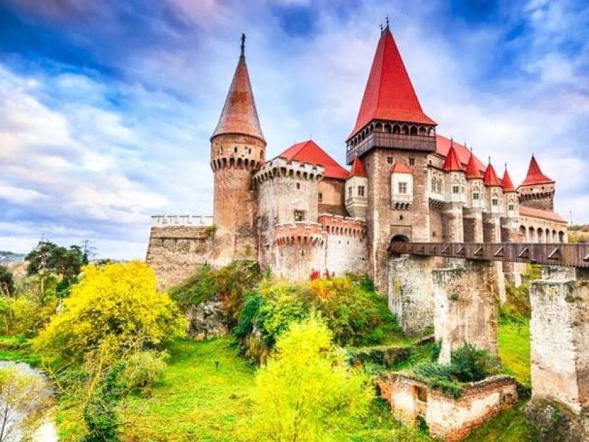 Bükreş-Transilvanya Şatolar Turu 04 & 09 Nisan 2020 (Nisan Sömestre)