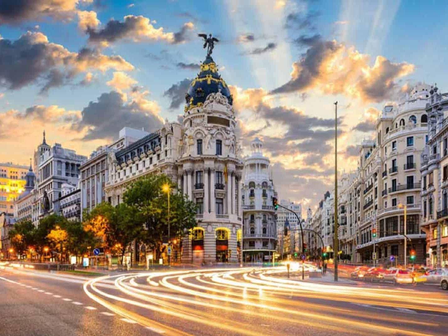 Ara Tatil İspanya Krallığı Turu Pegasus İle (Barcelona gidiş – Madrid dönüş) 2020 Nisan