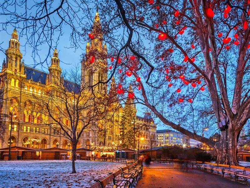 Prag turu Pegasus Hava Yolları İle  14 Şubat Sevgililer Gününe Özel