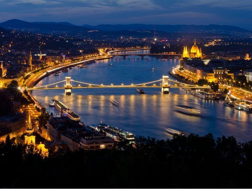 ORTA AVRUPA TURU (PRAG-VİYANA-BUDAPEŞTE) 01 Mart 2020 Hareket