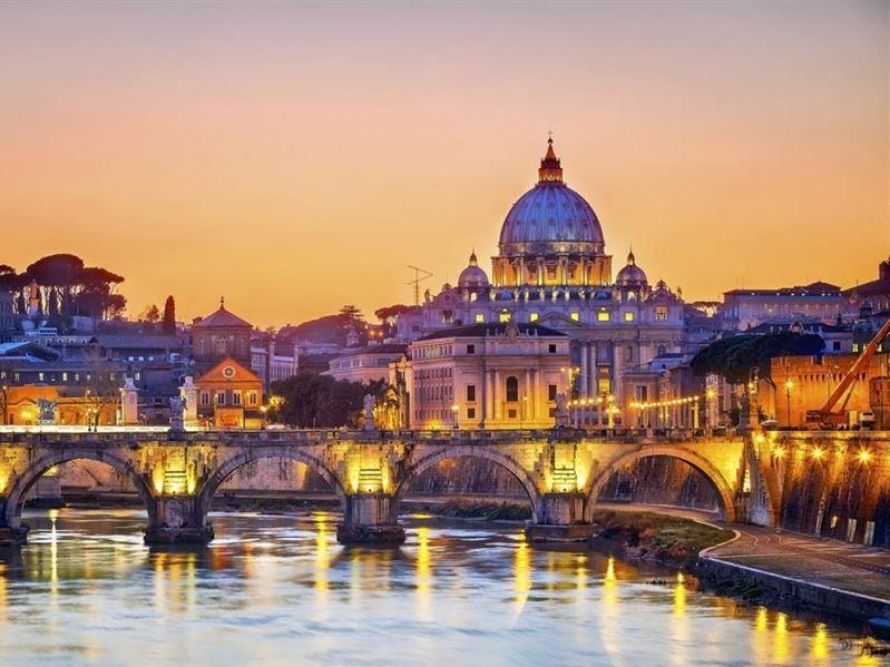 Sömestre Dönemi Büyük İtalya Turu Türk Hava Yolları İle (Milano Gidiş-Napoli Dönüş)