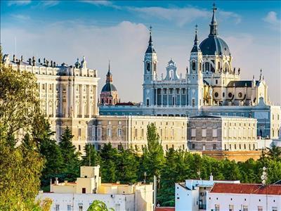 MADRID (2) & BILBAO (2) Turu Corendon Hava Yolları Özel Seferi ile (Zaragoza gidiş / Zaragoza dönüş)