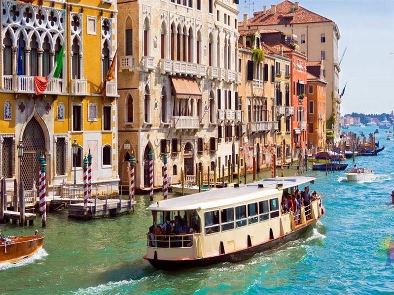 Bir Başka İtalya Turu Türk Hava Yolları İle (Bari Gidiş-Venedik Dönüş) 2019 Şeker Bayramı Dönemi