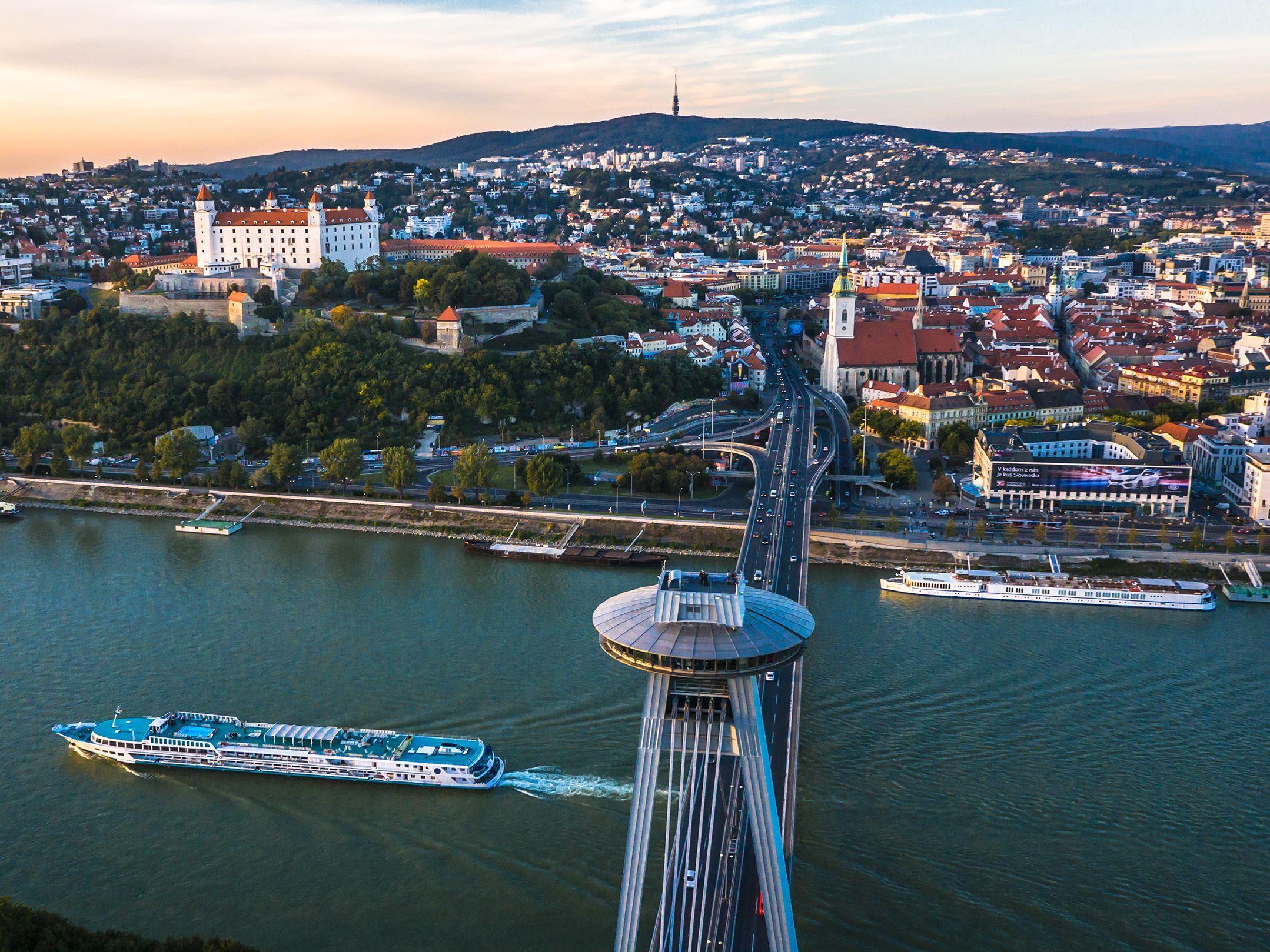 Baştan Başa Orta Avrupa 5 & 12 & 19 & 26 Temmuz 2020