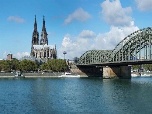 Benelüx Paris Turu Atlas Havayolları İle (Düsseldorf Gidiş-Düsseldorf Dönüş) 2019 Kış Dönemi