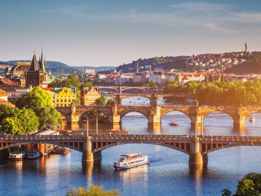 Prag Turu Pegasus Havayolları İle
