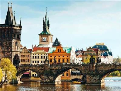 Adana Hareketli Prag Turu Pegasus Havayolları İle