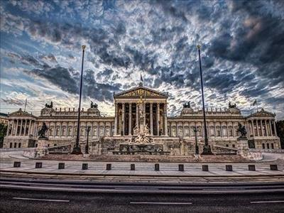 Kurban Bayramı 2018 Orta Avrupa Turu Pegasus ile (Budapeşte gidiş Prag dönüş)