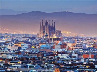Maxi İspanya Turu Pegasus ile(Barselona gidiş Madrid dönüş)
