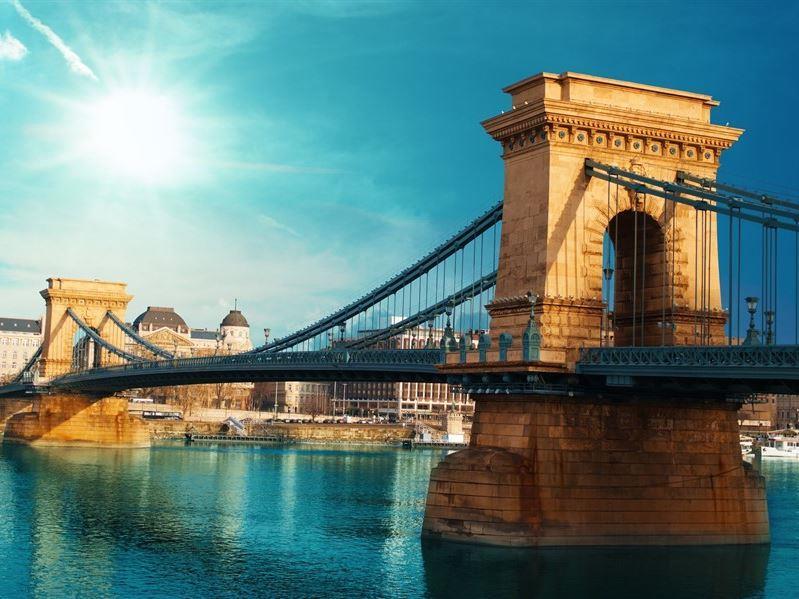 Budapeşte Prag Viyana Turu Pegasus Hava Yolları İle Budapeşte Gidiş-Budapeşte Dönüş / Mart Dönemi