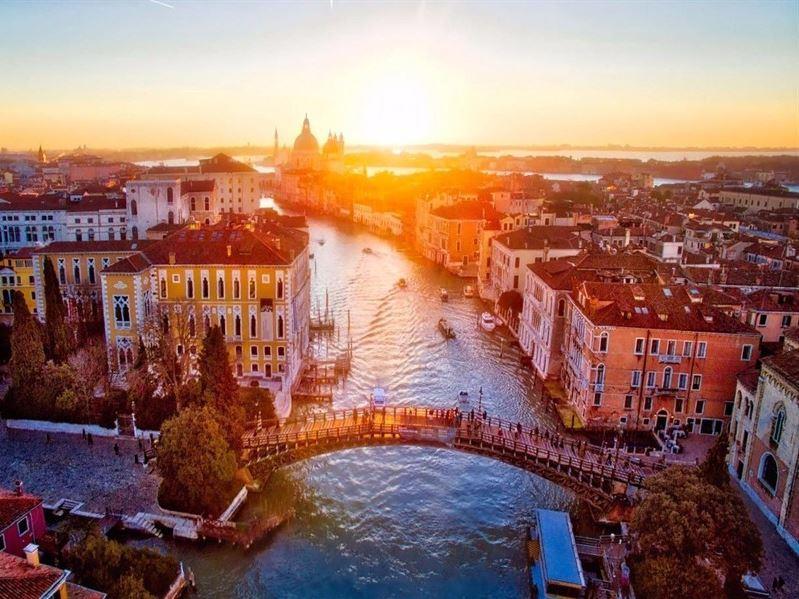 Sömestre Dönemi Klasik İtalya Turu Türk Hava Yolları İle (Roma Gidiş-Milano Dönüş)