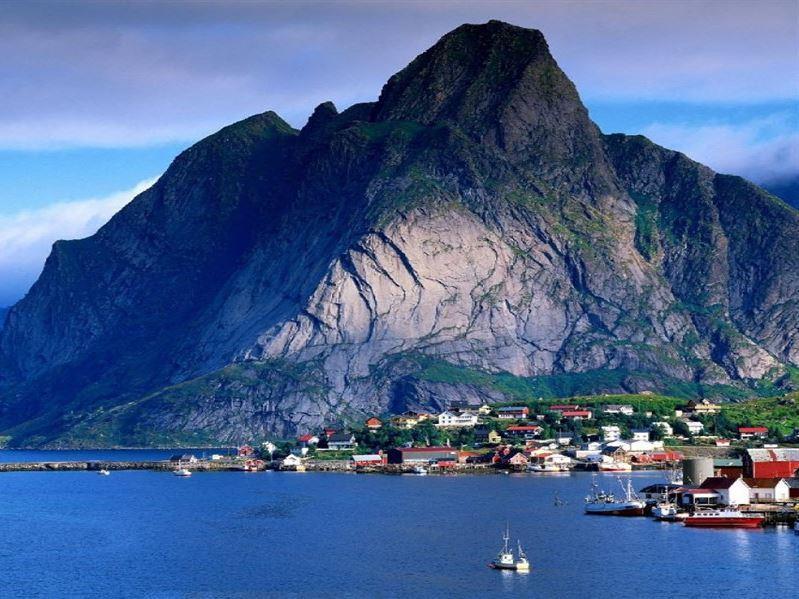 İskandinavya Ve Fiyordlar Turu  Pegasus Havayolları İle (Oslo Gidiş-Stocholm Dönüş)