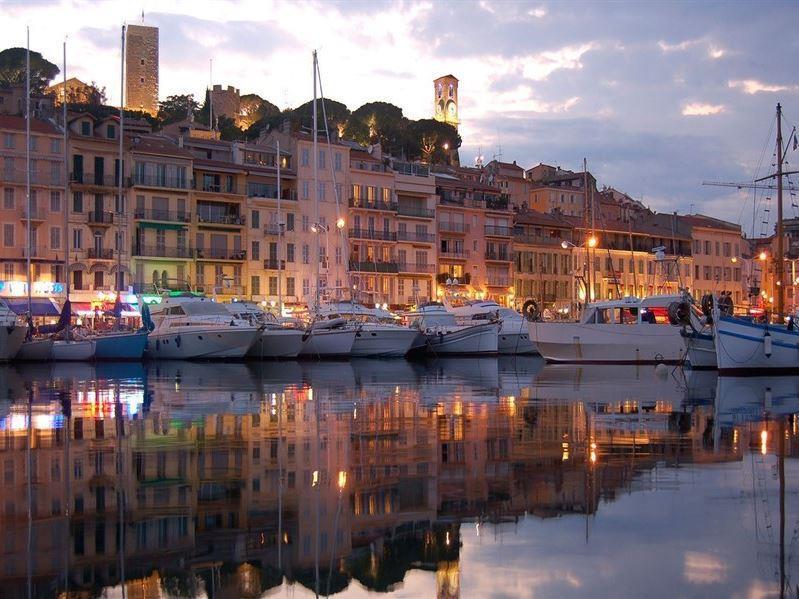 İtalya Ve Fransa İkonları Turu Pegasus Hava Yolları İle ( Roma Gidiş-Paris Dönüş)