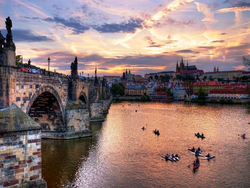 Prag Turu Pegasus Havayolları İle 12 Haziran
