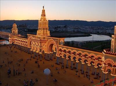 Barcelona Turu Türk Hava Yolları İle (Barcelona Gidiş-Barcelona Dönüş) Sömestre Dönemi