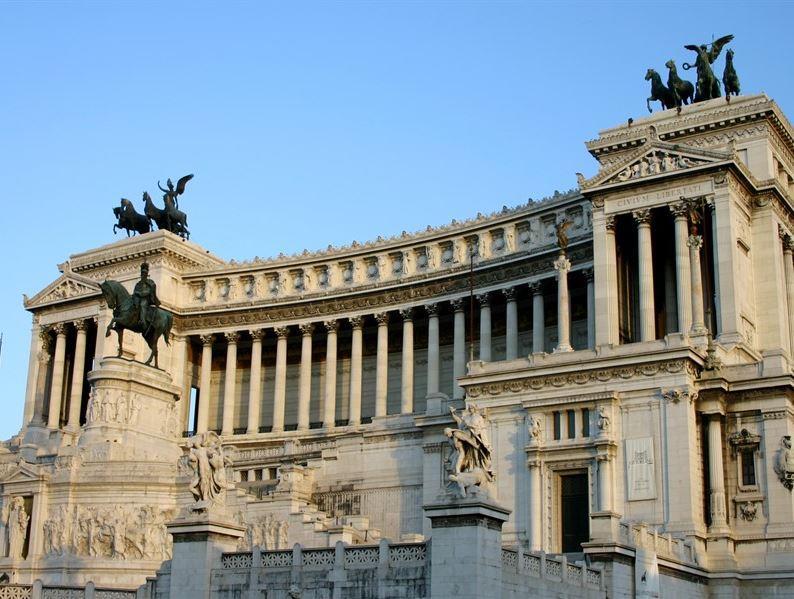 TÜRKİYE & İTALYA MAÇ TURU (ROMA) THY İLE (2 GECE 3 GÜN) NAPOLİ VE OUTLET TURU DAHİL11 HAZİRAN 2020