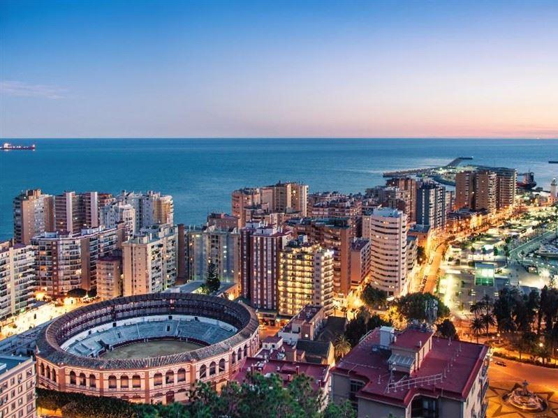 Kurban Bayramı Dönemi Portekiz & Endülüs Turu Türk Havayolları İle (Malaga Gidiş-Porto Dönüş)
