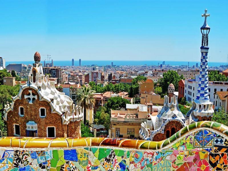 Şeker Bayramı Dönemi İspanya Krallığı Turu Pegasus Havayolları İle (Barselona Gidiş-Madrid Dönüş)