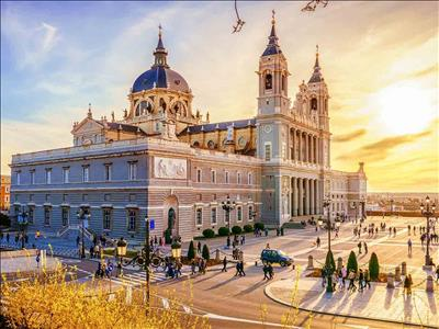 Barselona & Valencia & Madrid Turu 13, 21 Mart 2020 Hareket…