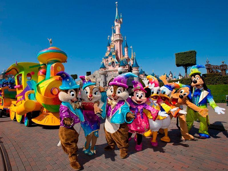 Kurban Bayramı Dönemi Disneyland (2) & Paris (2) Turu Türk Havayolları İle