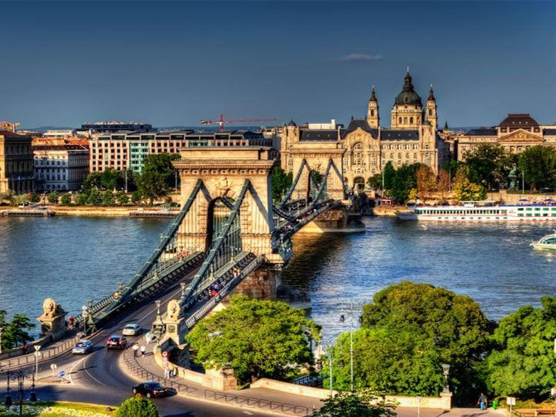 Büyük Orta Avrupa Turu Türk Havayolları İle (Belgrad Gidiş-Berlin Dönüş)