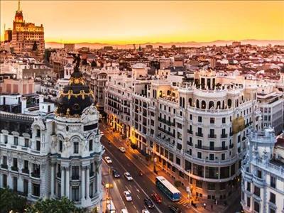 Yılbaşı Dönemi Büyük İspanya Turu Thy İle (Madrid Gidiş-Barselona Dönüş)