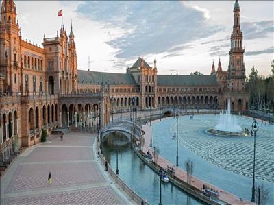 Baştan Başa İspanya Turu Pegasus Hava Yolları Tarifeli Seferi ile(Barcelona Gidiş-Madrid Dönüş)