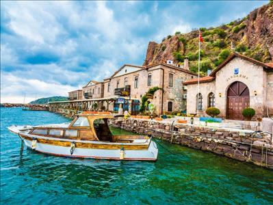 Assos Ayvalık Bozcaada Yüzme ve Tekne Turu (1 Gece Otel Konaklamalı)