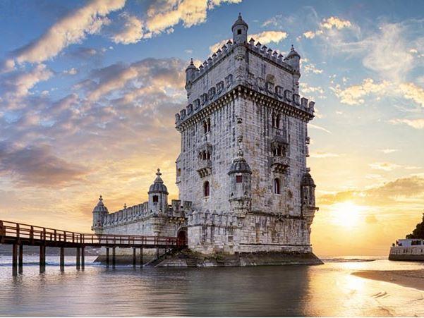 Portekiz ( Porto Gidiş - Lizbon Dönüş ) Türk Havayolları Yılbaşı Dönemi